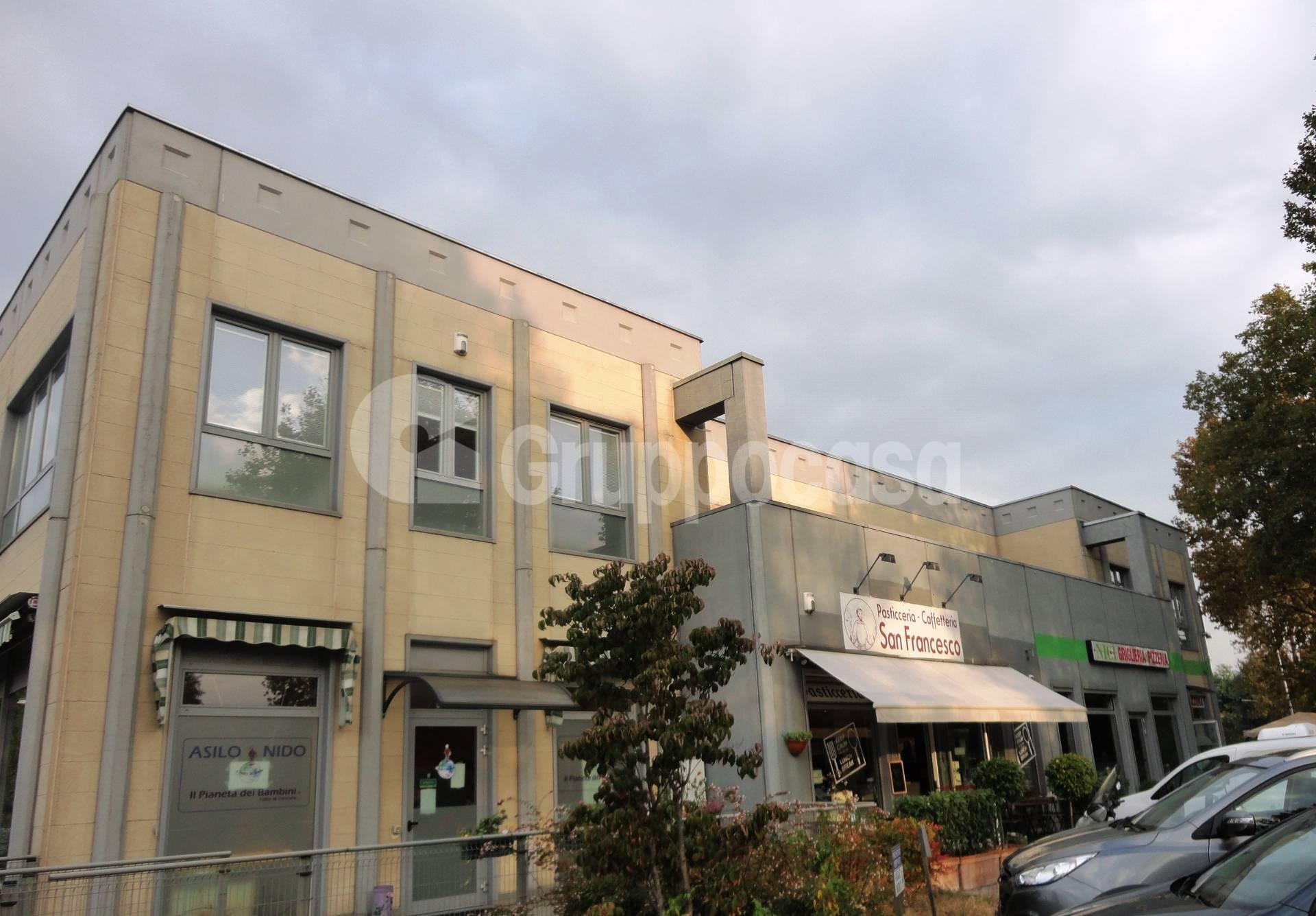 Negozio / Locale in vendita a Caronno Pertusella, 9999 locali, zona Zona: Pertusella, prezzo € 185.000 | CambioCasa.it