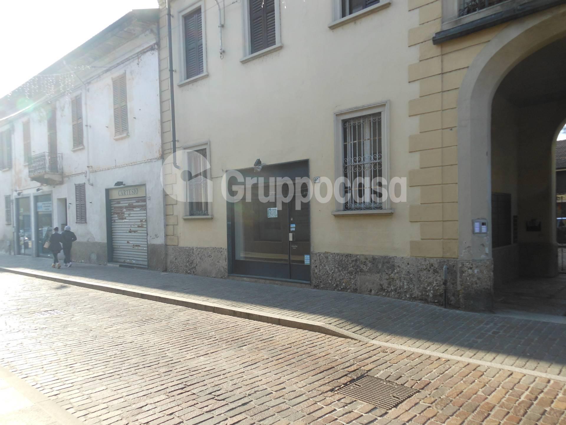 Negozio / Locale in affitto a Magenta, 9999 locali, prezzo € 650 | PortaleAgenzieImmobiliari.it