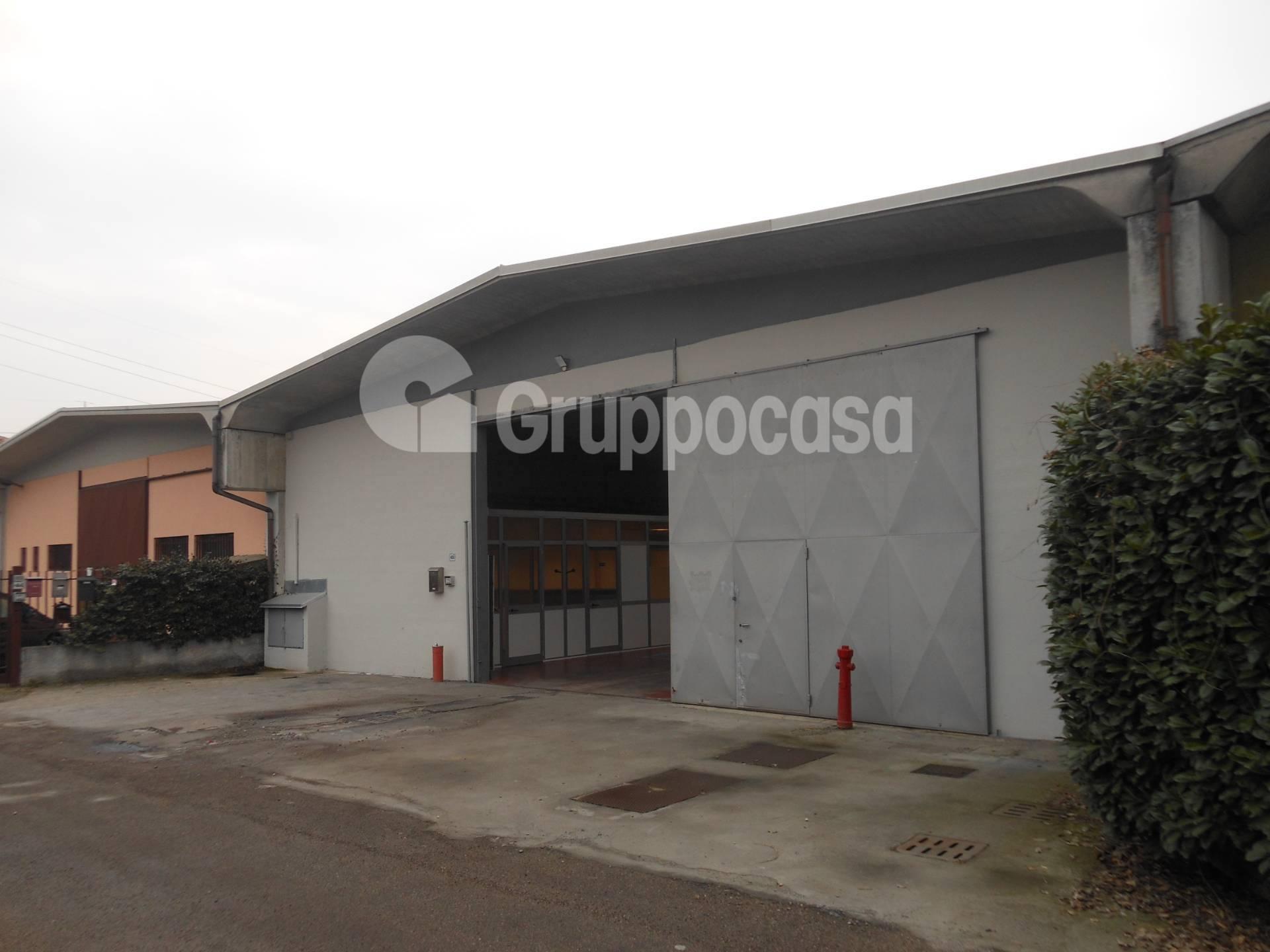 Capannone in affitto a Magenta, 9999 locali, prezzo € 1.666 | PortaleAgenzieImmobiliari.it