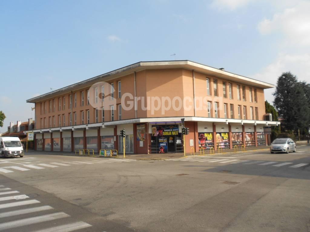 Ufficio / Studio in affitto a Magenta, 9999 locali, prezzo € 1.500 | PortaleAgenzieImmobiliari.it