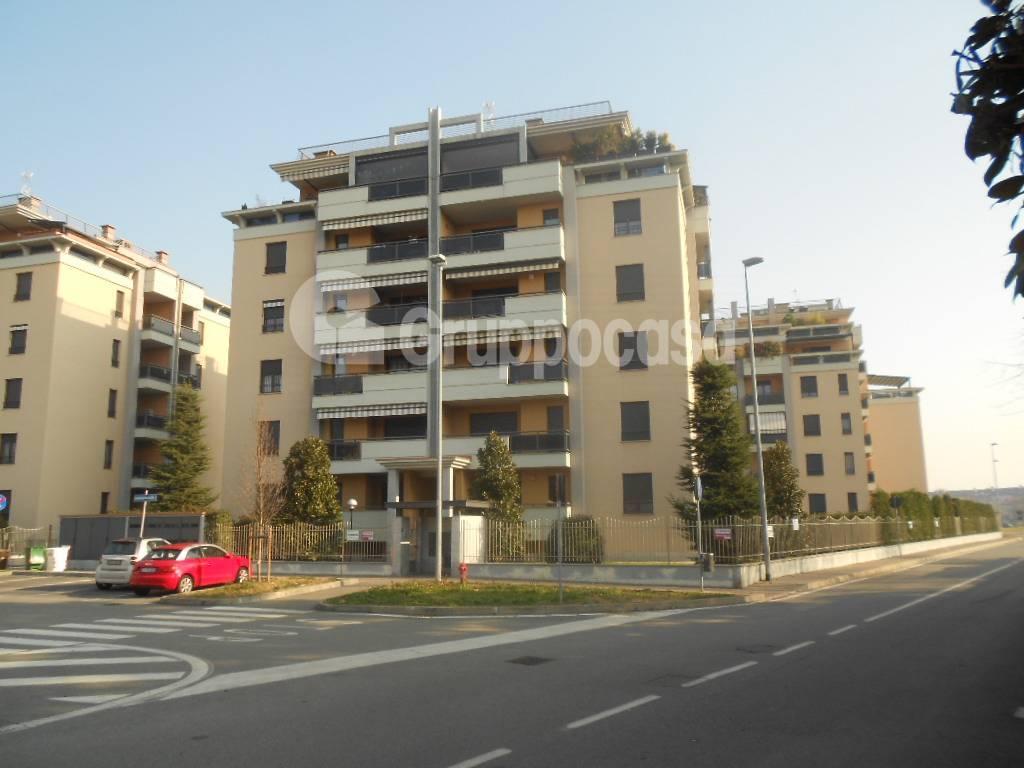 Appartamento in vendita a Magenta, 3 locali, prezzo € 165.000 | PortaleAgenzieImmobiliari.it