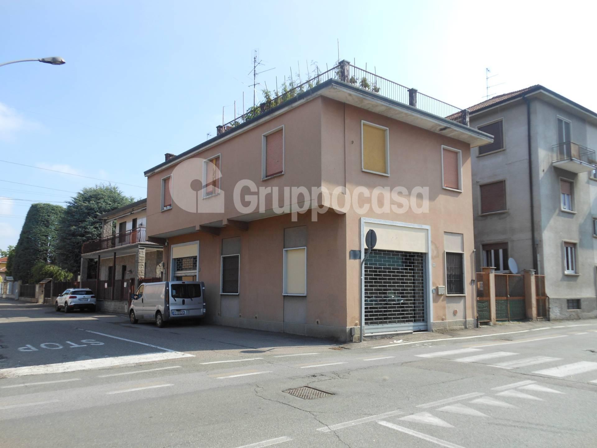 Negozio / Locale in affitto a Magenta, 9999 locali, prezzo € 750   PortaleAgenzieImmobiliari.it