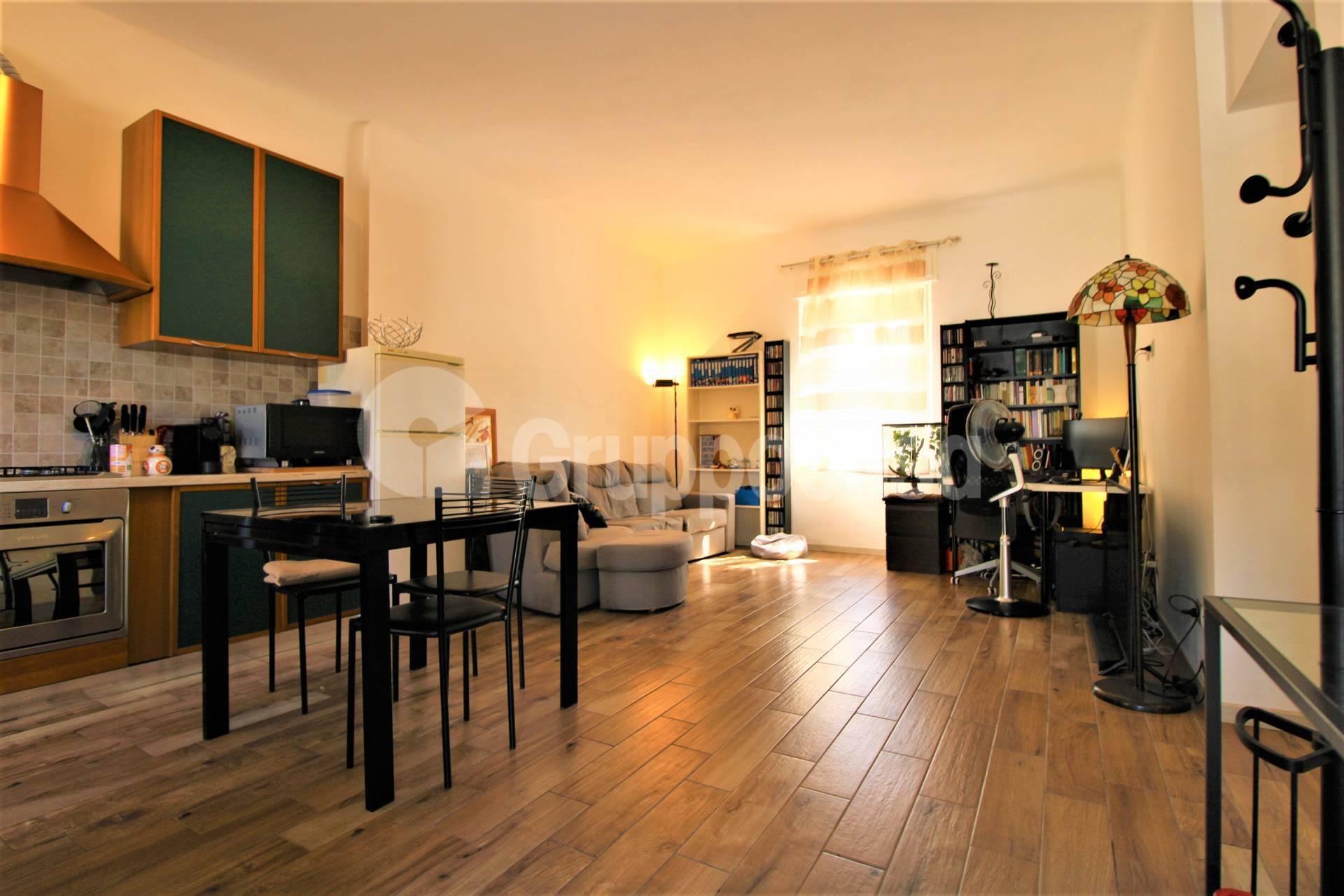 Appartamento in vendita a Arese, 3 locali, prezzo € 158.000   CambioCasa.it