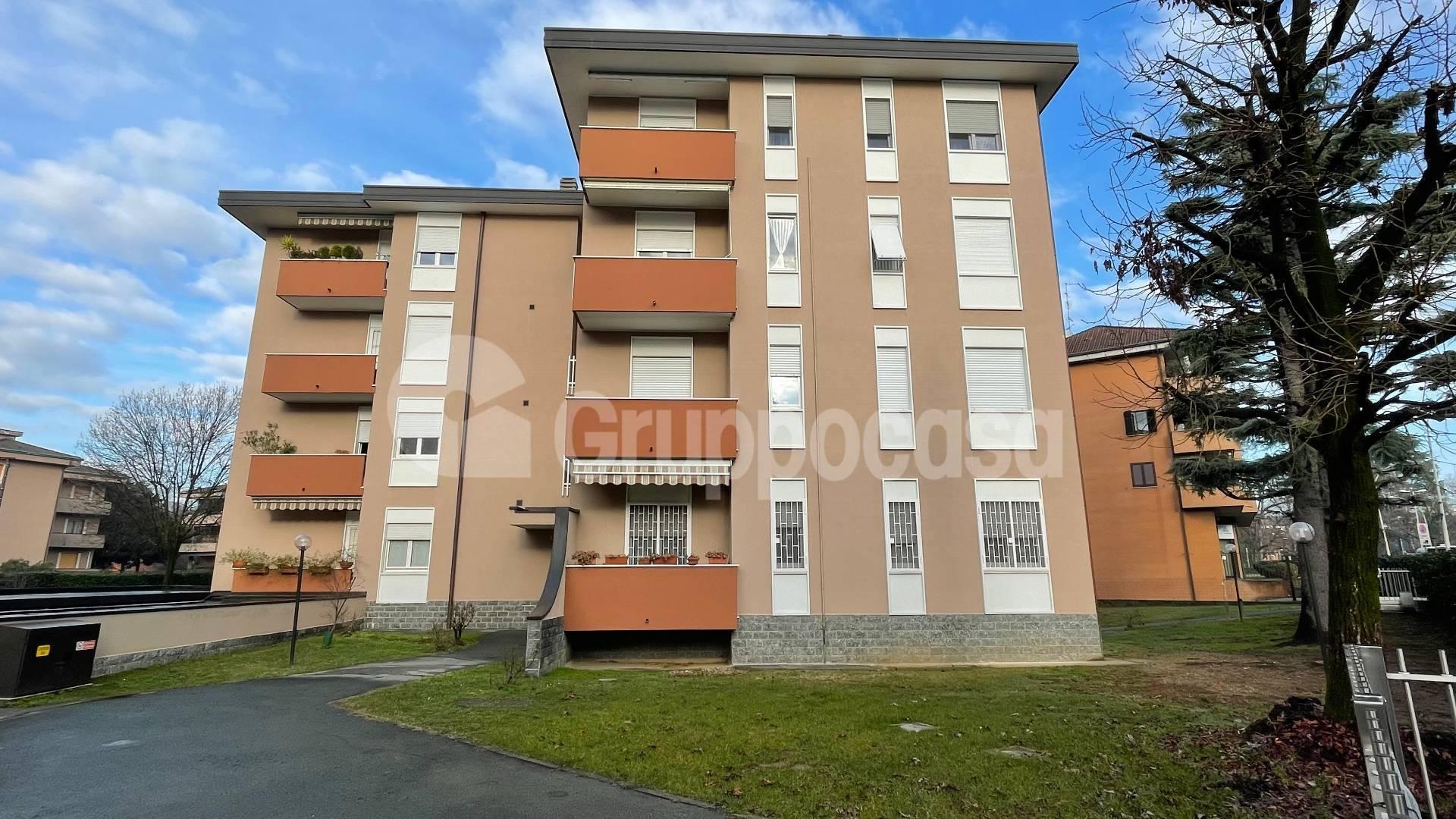 Appartamento in vendita a Arese, 3 locali, prezzo € 185.000   CambioCasa.it