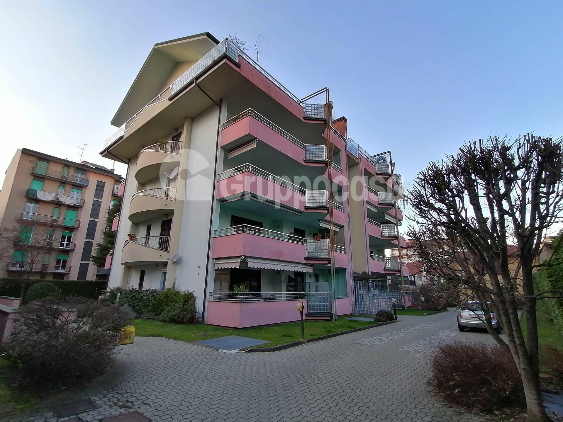 Appartamento in affitto a Magenta, 4 locali, prezzo € 1.500 | PortaleAgenzieImmobiliari.it