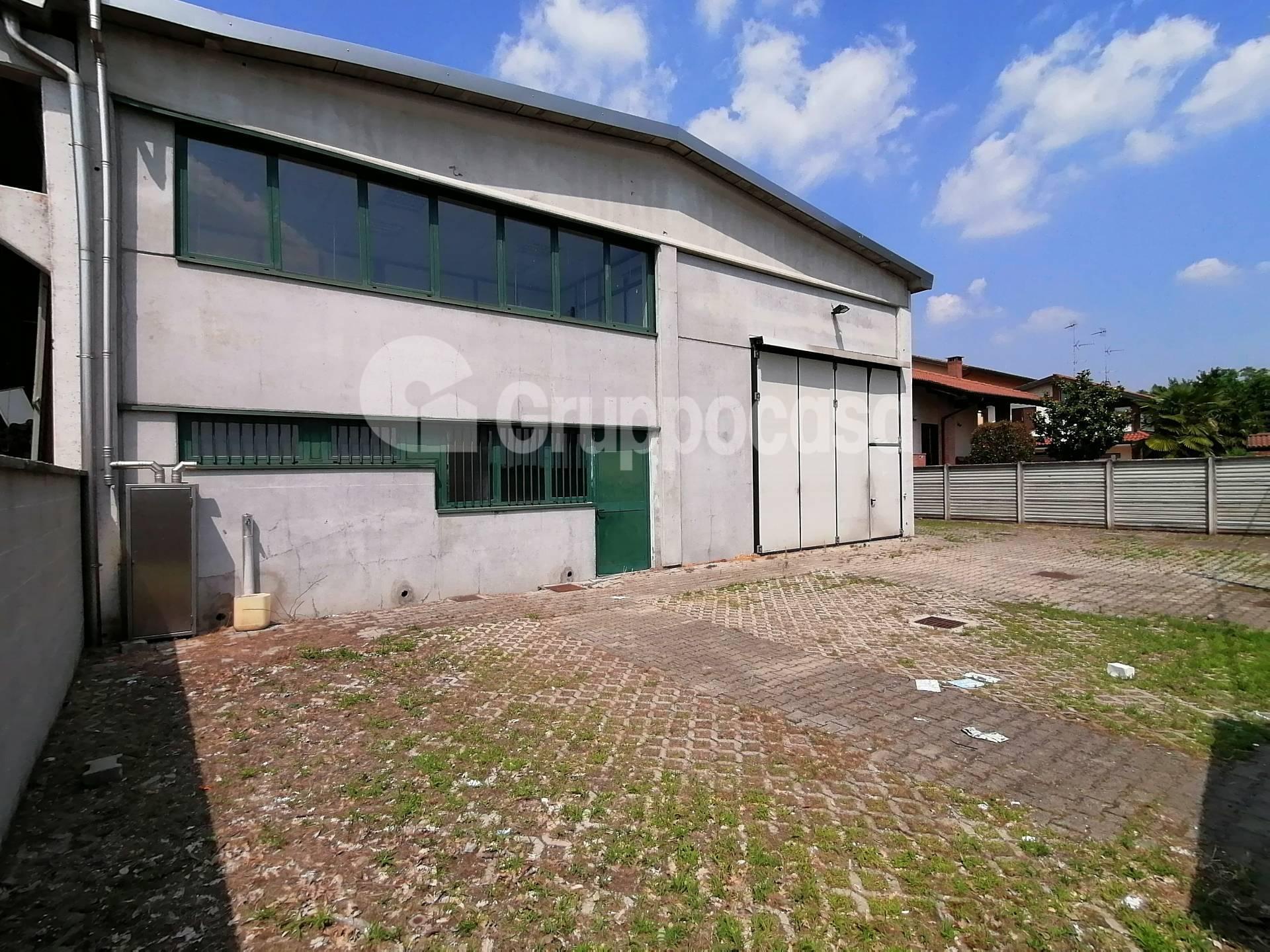 Capannone in affitto a Ossona, 9999 locali, prezzo € 1.200 | PortaleAgenzieImmobiliari.it