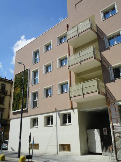 Box o garage in Vendita a Milano