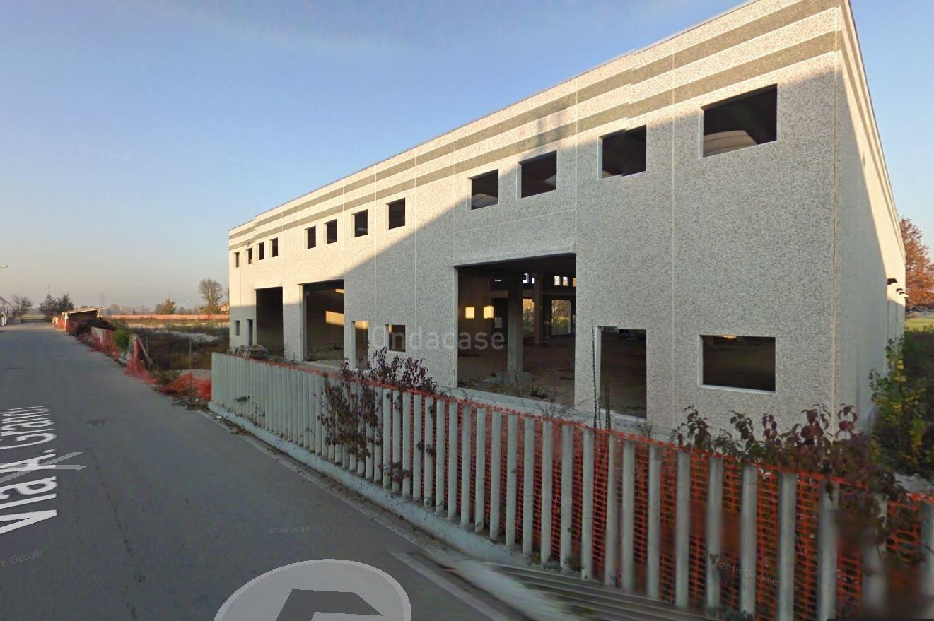 Capannone in vendita a Truccazzano, 9999 locali, prezzo € 900.000 | PortaleAgenzieImmobiliari.it