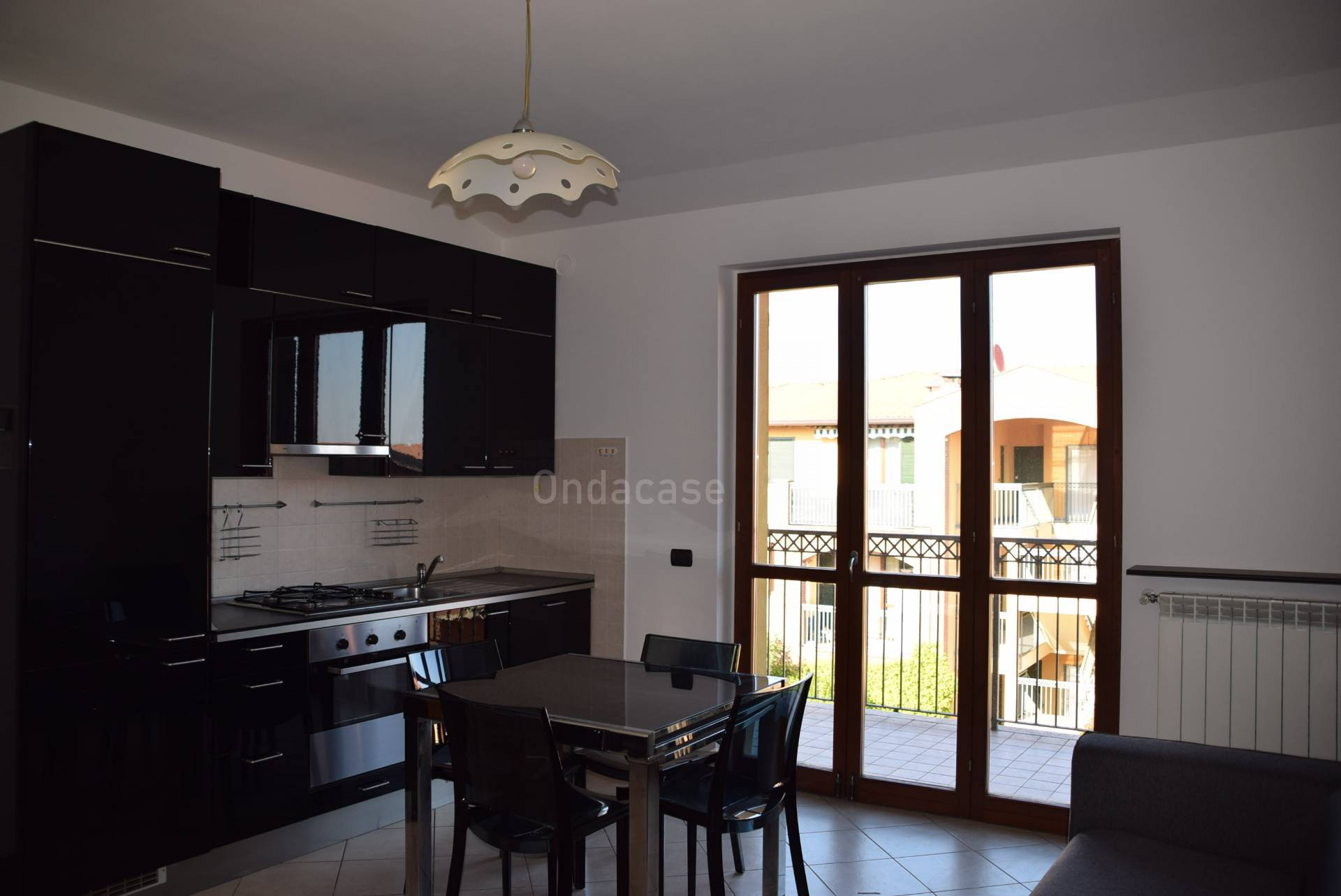 Appartamento in vendita a Capriate San Gervasio, 3 locali, zona Località: SanGervasio, prezzo € 99.000 | CambioCasa.it