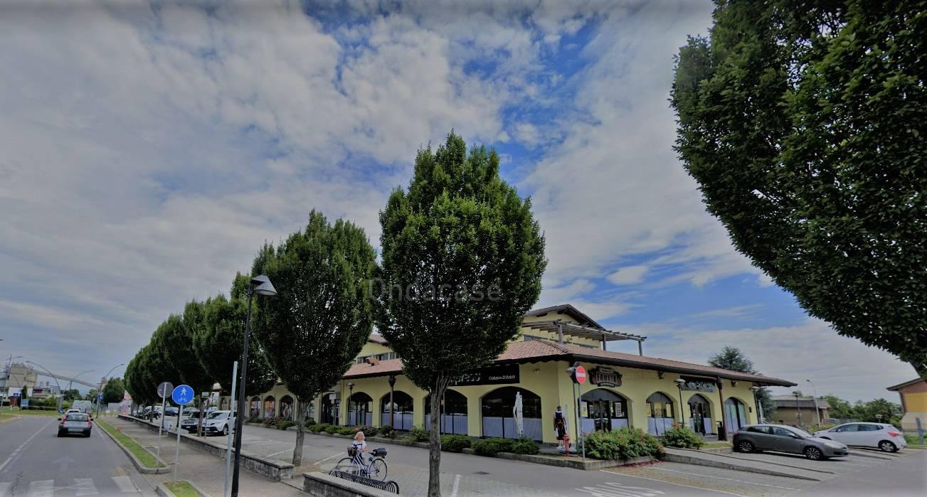 Attività / Licenza in affitto a Calusco d'Adda, 9999 locali, prezzo € 58.000 | CambioCasa.it