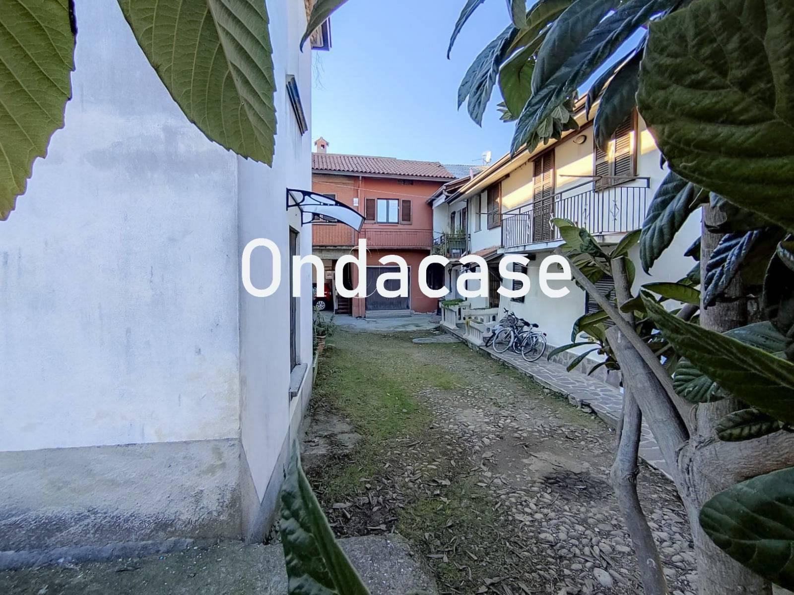 Appartamento in vendita a Osio Sopra, 3 locali, prezzo € 63.000   PortaleAgenzieImmobiliari.it