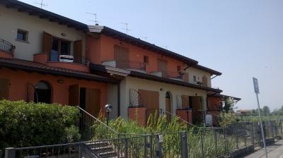 Villette a schiera in Vendita a Lurano