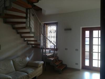 Immobile indipendente di corte in Vendita a Capriate San Gervasio