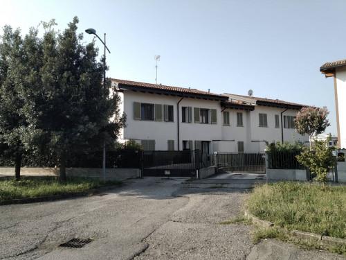 Villette a schiera in Vendita a Capriate San Gervasio