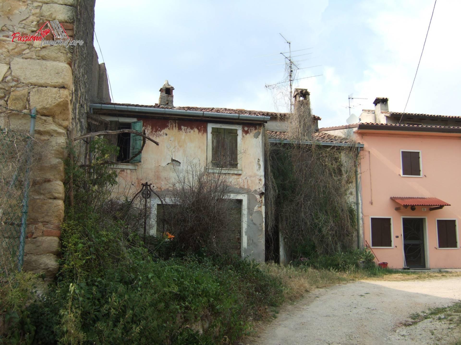 Rustico in vendita a Parona – Passione Immobiliare Verona