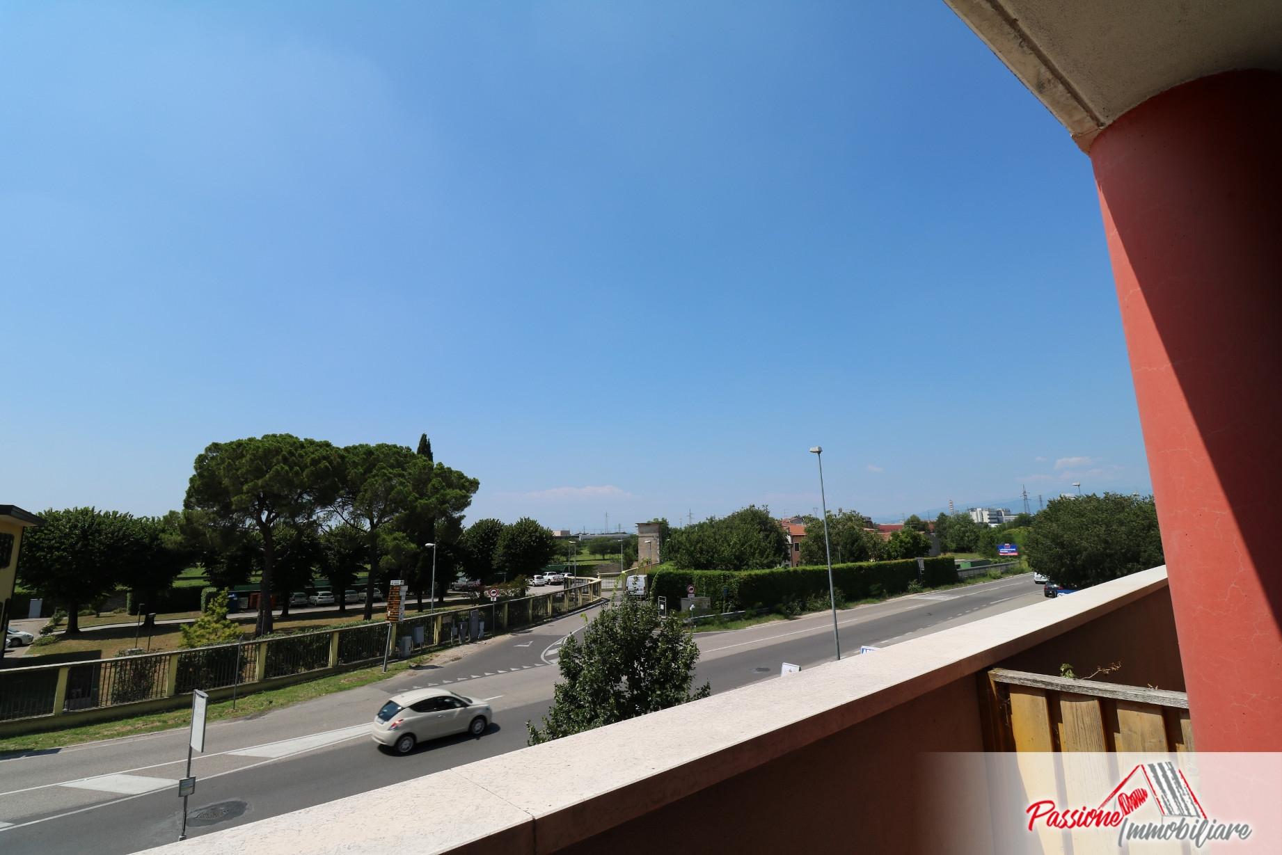 Studio - ufficio in vendita a Cadidavid – Passione Immobiliare Verona
