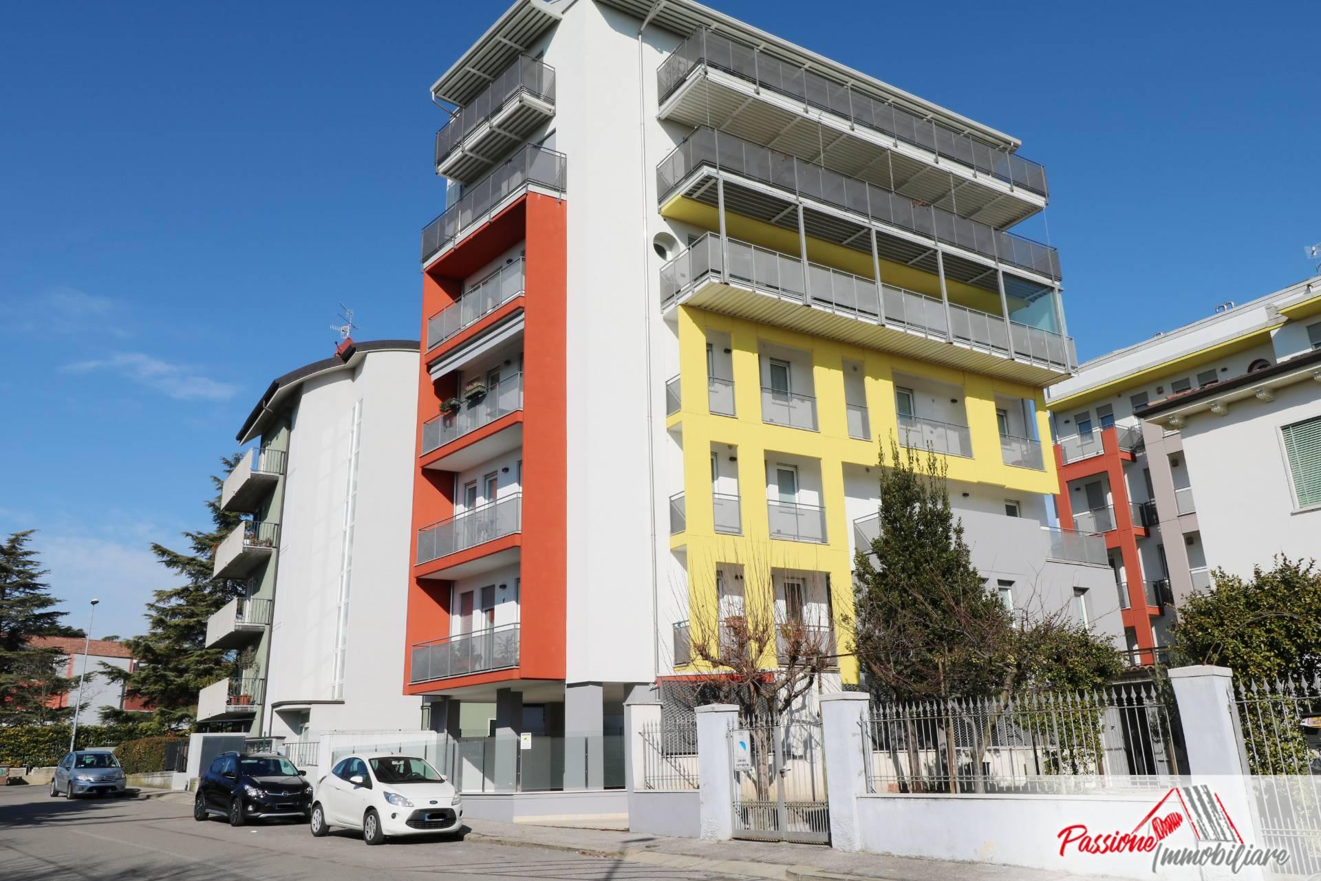 Appartamento in vendita a Verona, 3 locali, zona Località: PonteCrencano, prezzo € 215.000 | CambioCasa.it
