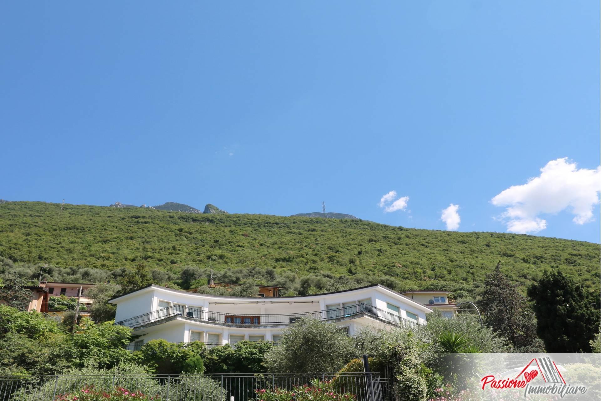 Villa in vendita a Malcesine, 9 locali, prezzo € 890.000   PortaleAgenzieImmobiliari.it