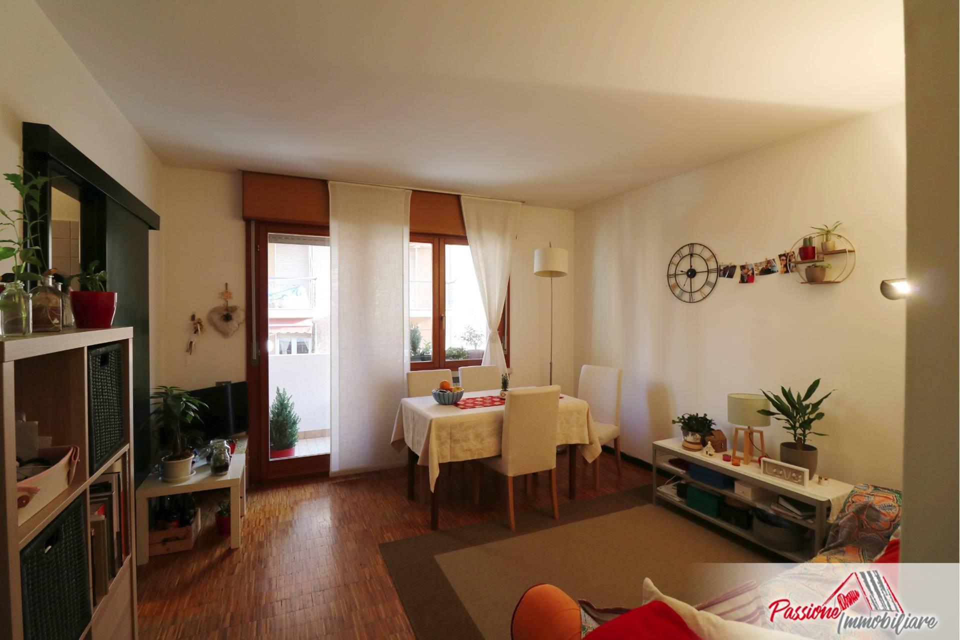 Appartamento in affitto a Verona, 2 locali, zona Zona: 5 . Quinzano - Pindemonte - Ponte Crencano - Valdonega - Avesa , prezzo € 620 | CambioCasa.it