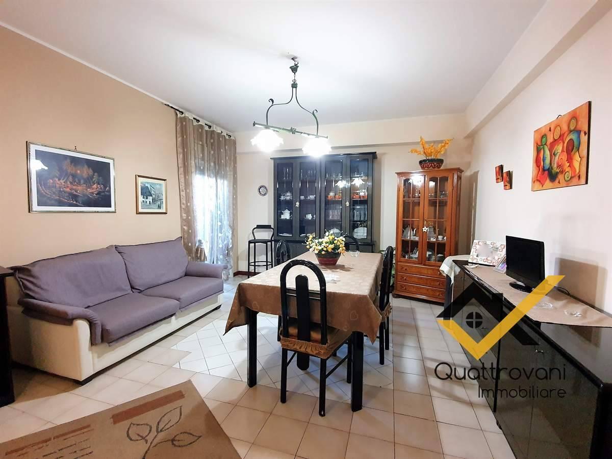 Appartamento in vendita a Aci San Filippo, Aci Catena (CT)