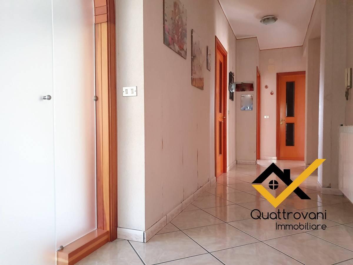 Appartamento in vendita a Gravina di Catania, 5 locali, prezzo € 169.000 | PortaleAgenzieImmobiliari.it