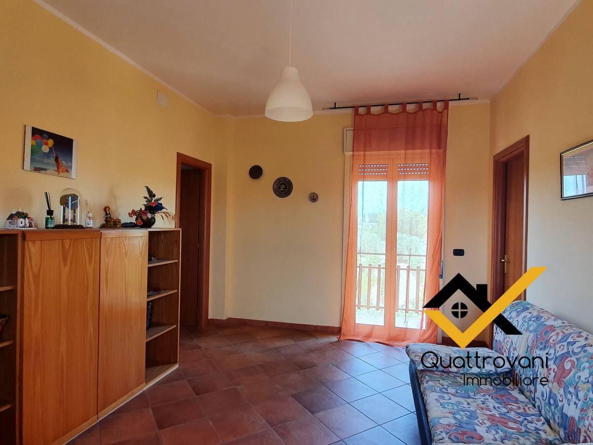 Appartamento in vendita a Motta Sant'Anastasia, 3 locali, prezzo € 128.000   PortaleAgenzieImmobiliari.it