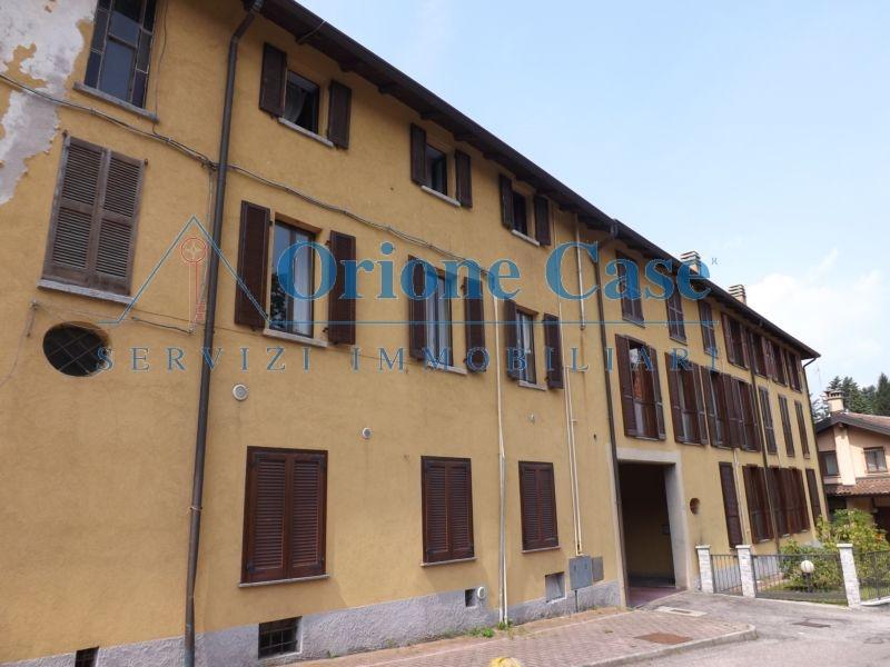 Appartamento in vendita a Valganna, 3 locali, zona Località: centrale, prezzo € 100.000   PortaleAgenzieImmobiliari.it