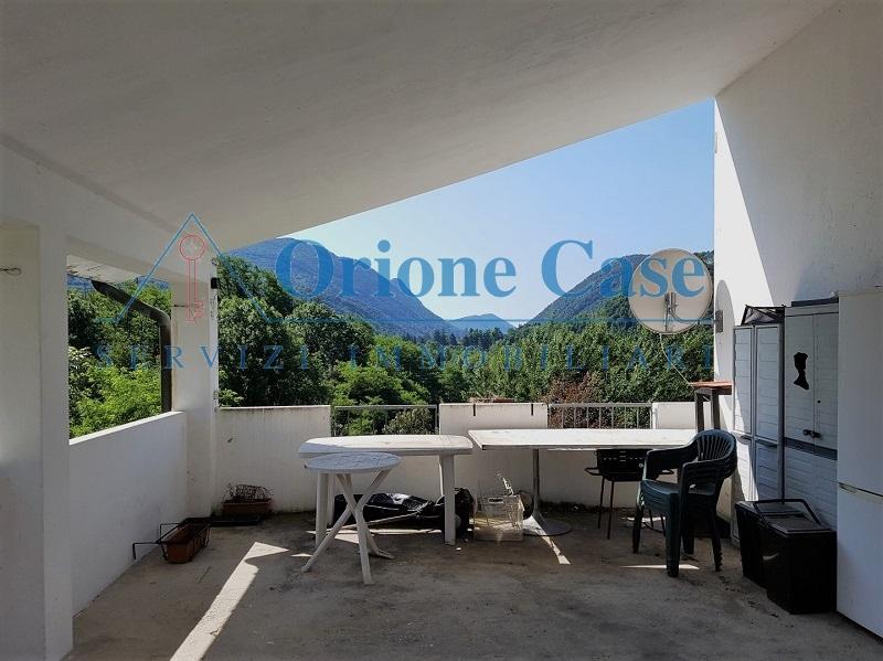 Appartamento in vendita a Cunardo, 3 locali, prezzo € 90.000 | PortaleAgenzieImmobiliari.it