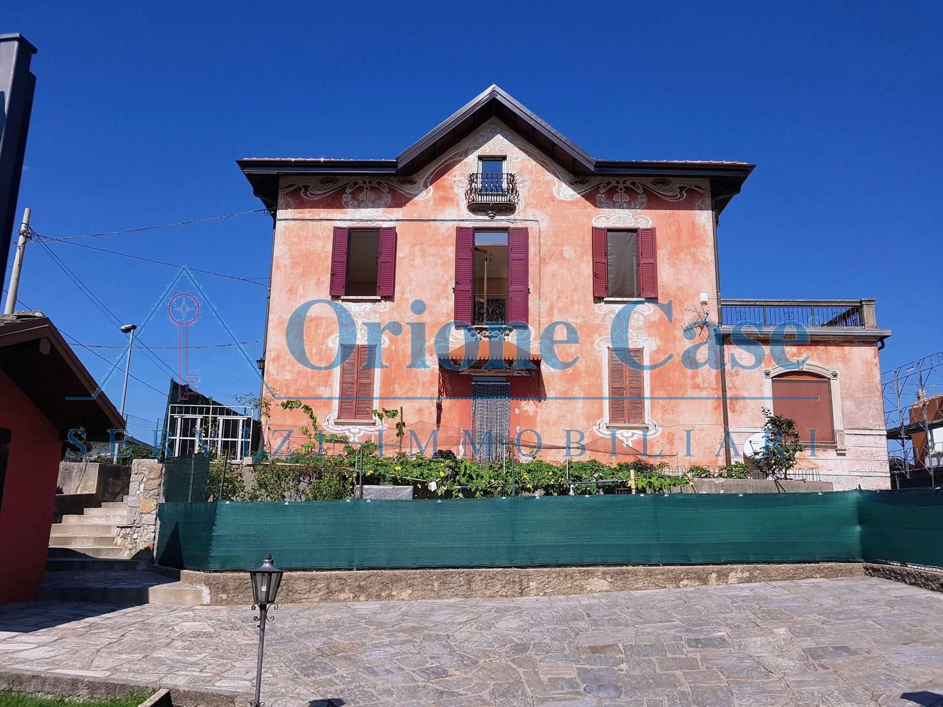 Appartamento in vendita a Cunardo, 4 locali, prezzo € 180.000 | PortaleAgenzieImmobiliari.it