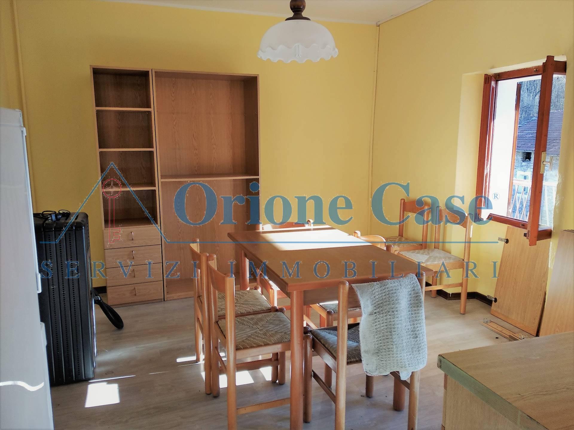 Appartamento in vendita a Dumenza, 2 locali, prezzo € 50.000 | PortaleAgenzieImmobiliari.it