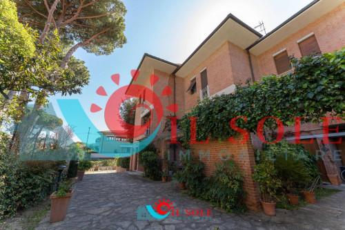 terratetto in Vendita a Pisa - Tirrenia