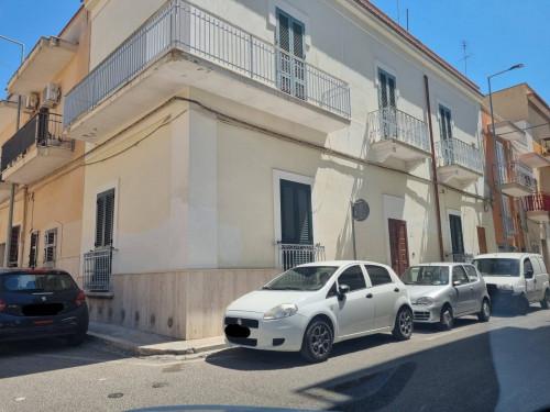 Appartamento in Affitto a Massafra