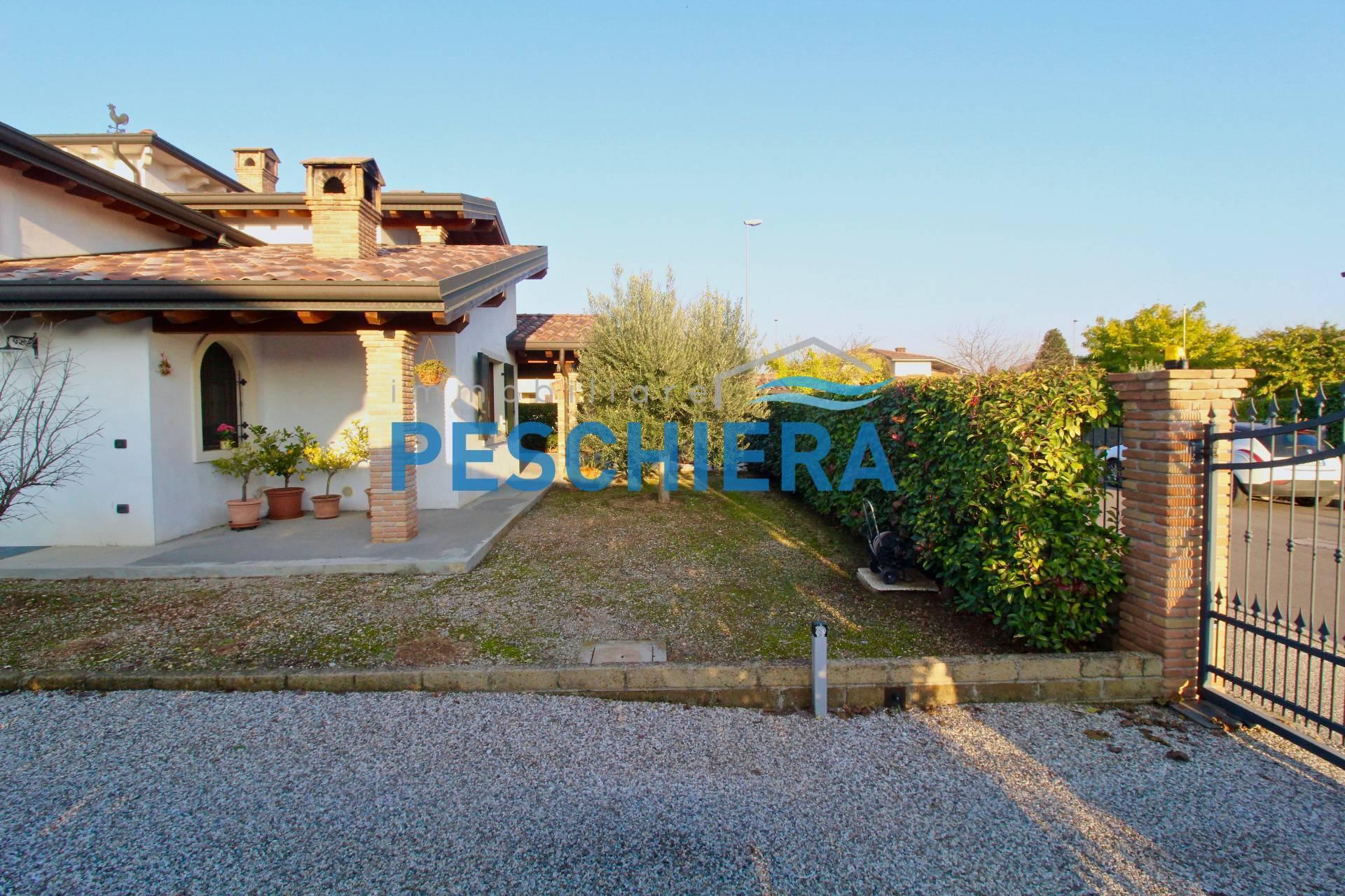 Casa indipendente con terreno in Vendita a Valeggio sul ...