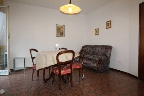 Appartamento in Vendita a Peschiera del Garda