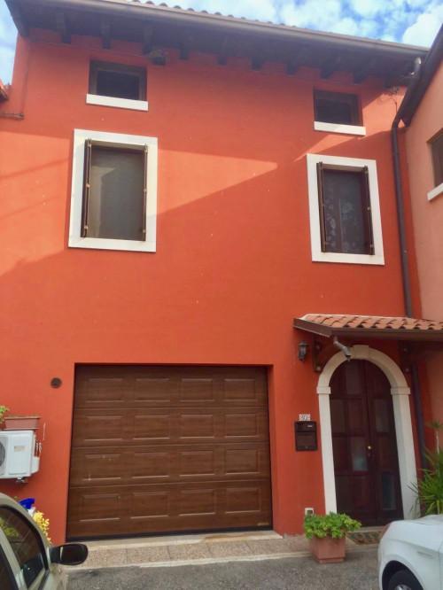 Villa a schiera in Vendita a Valeggio sul Mincio