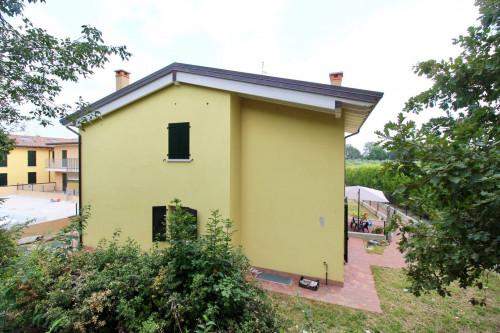 Villa a schiera in Vendita a Monzambano