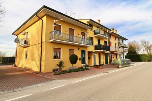 in Kauf bis Villafranca di Verona