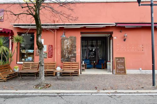 Attivita' commerciale in Vendita a Bardolino