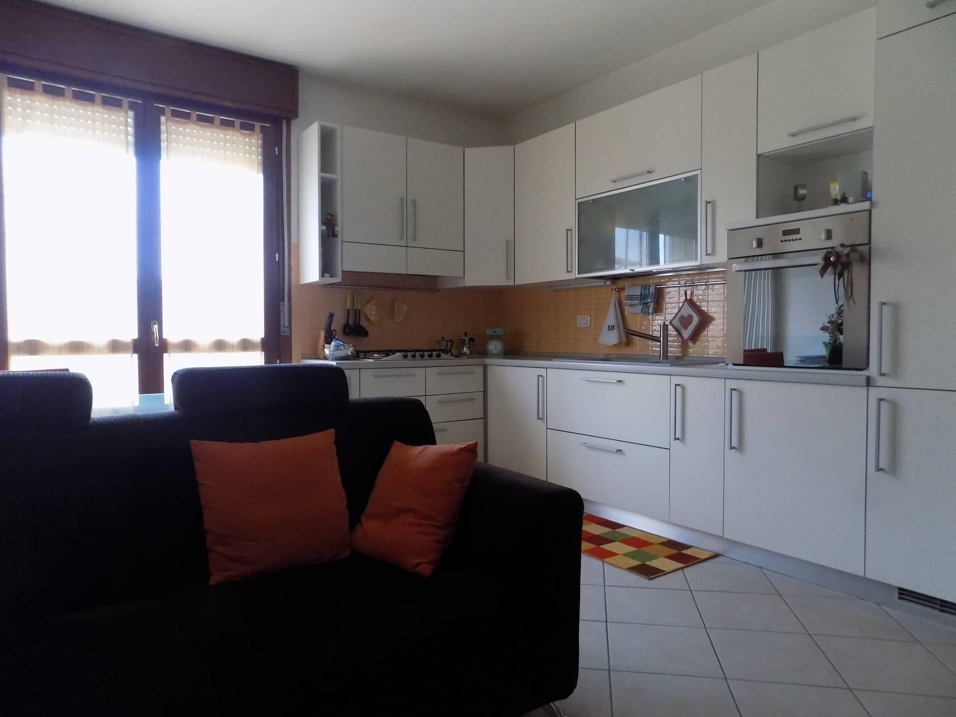 Appartamento in vendita a Sarego, 4 locali, prezzo € 100.000 | CambioCasa.it
