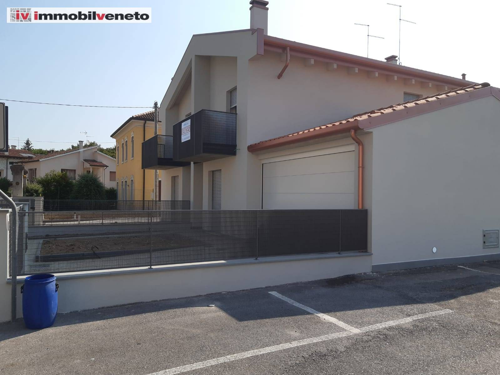 Villa Bifamiliare in vendita a Lonigo, 8 locali, Trattative riservate | CambioCasa.it
