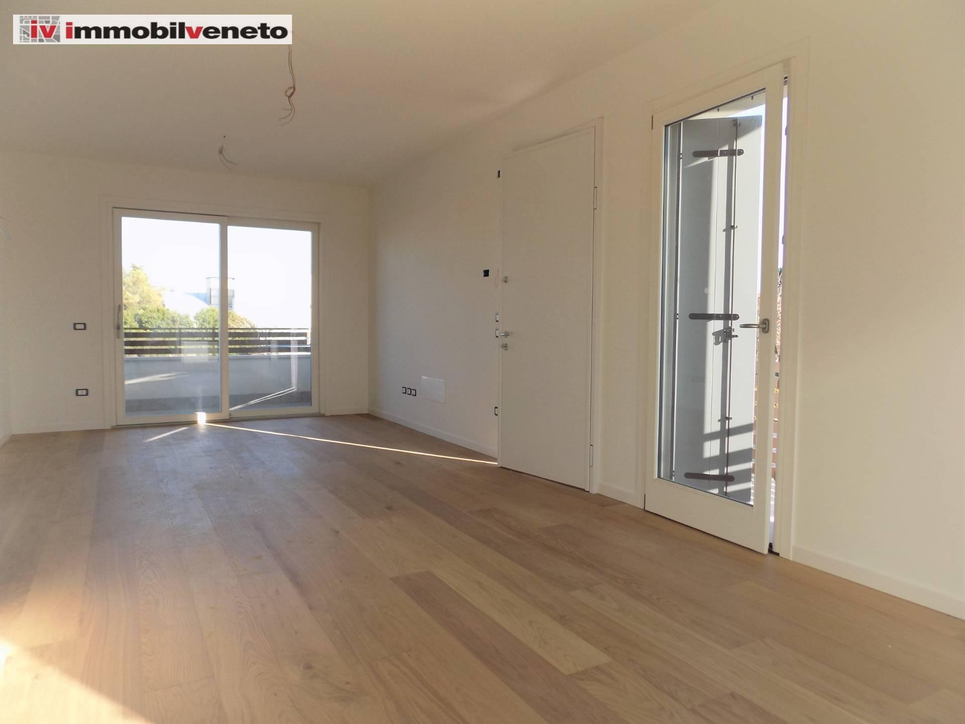 Appartamento in vendita a Lonigo, 5 locali, Trattative riservate | PortaleAgenzieImmobiliari.it