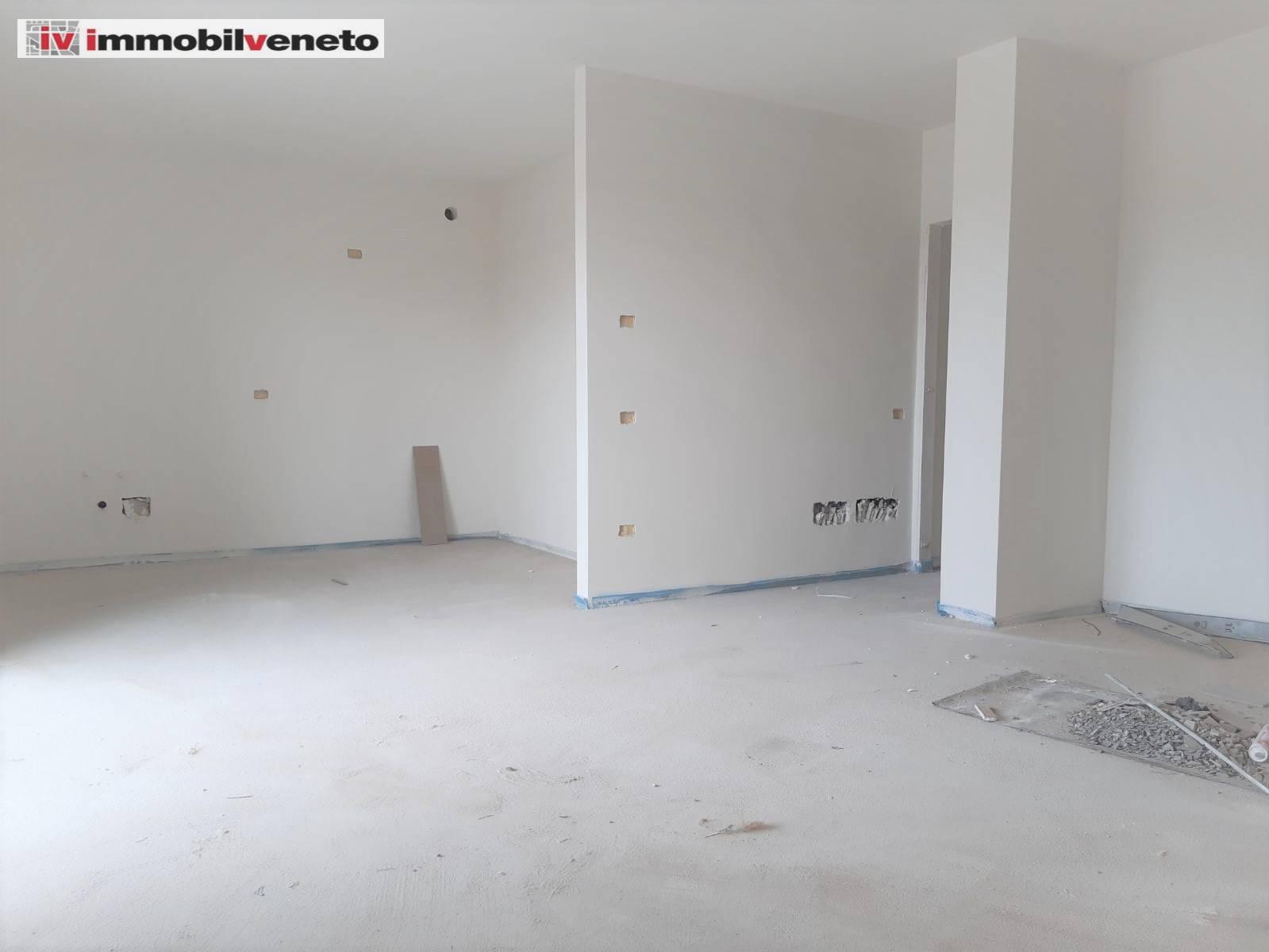 Appartamento in vendita a Sarego, 6 locali, zona Zona: Meledo, prezzo € 198.000 | CambioCasa.it