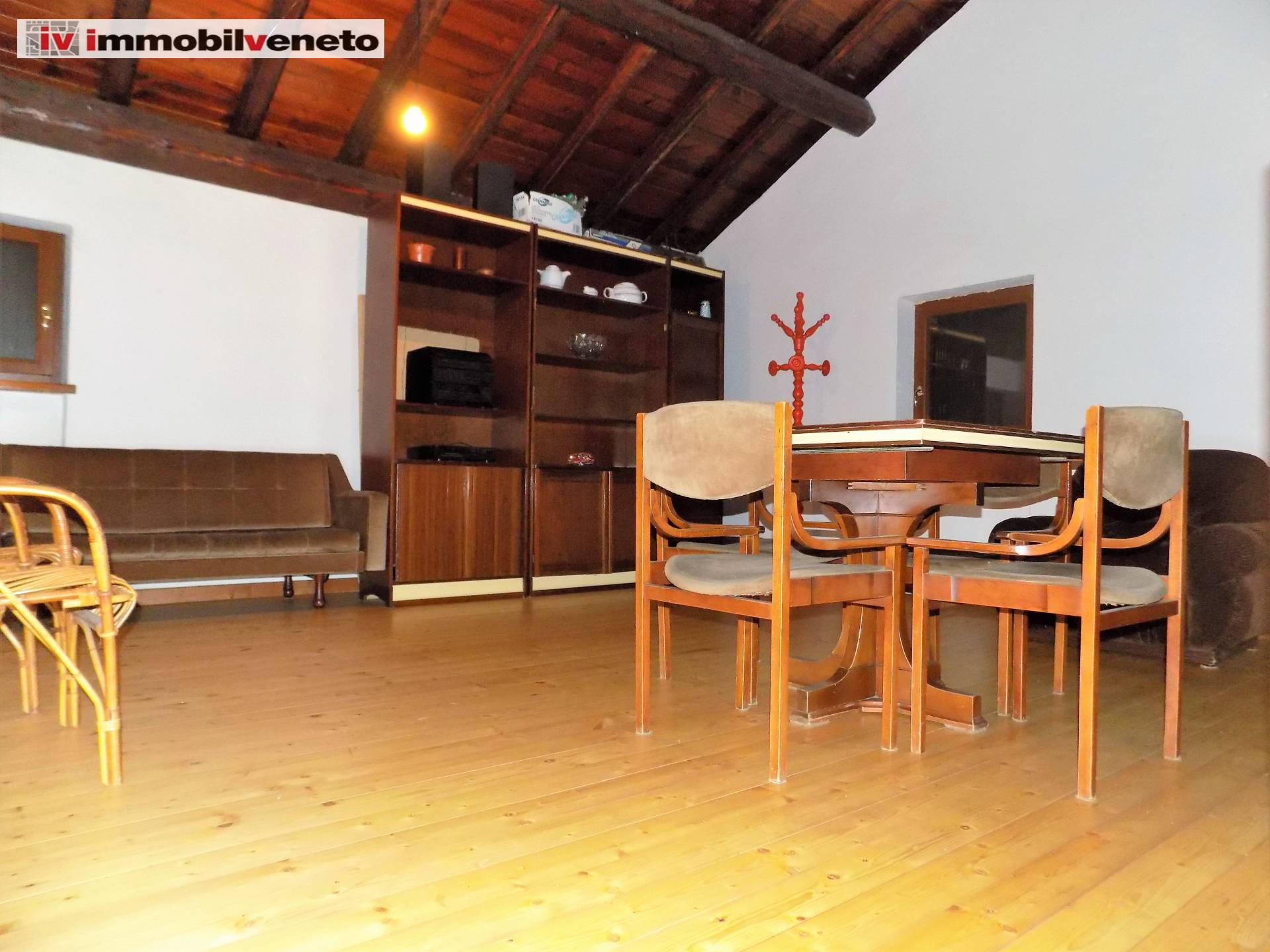 Villa a Schiera in vendita a Grancona, 6 locali, Trattative riservate | CambioCasa.it