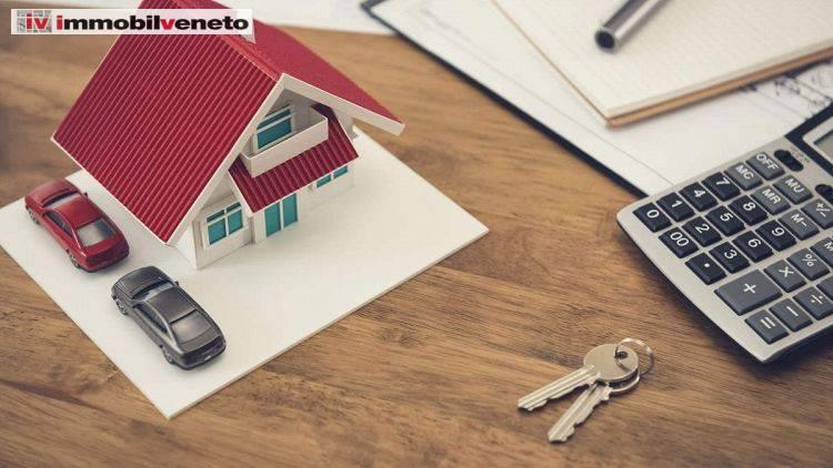Appartamento in vendita a Lonigo, 5 locali, prezzo € 117.000 | CambioCasa.it