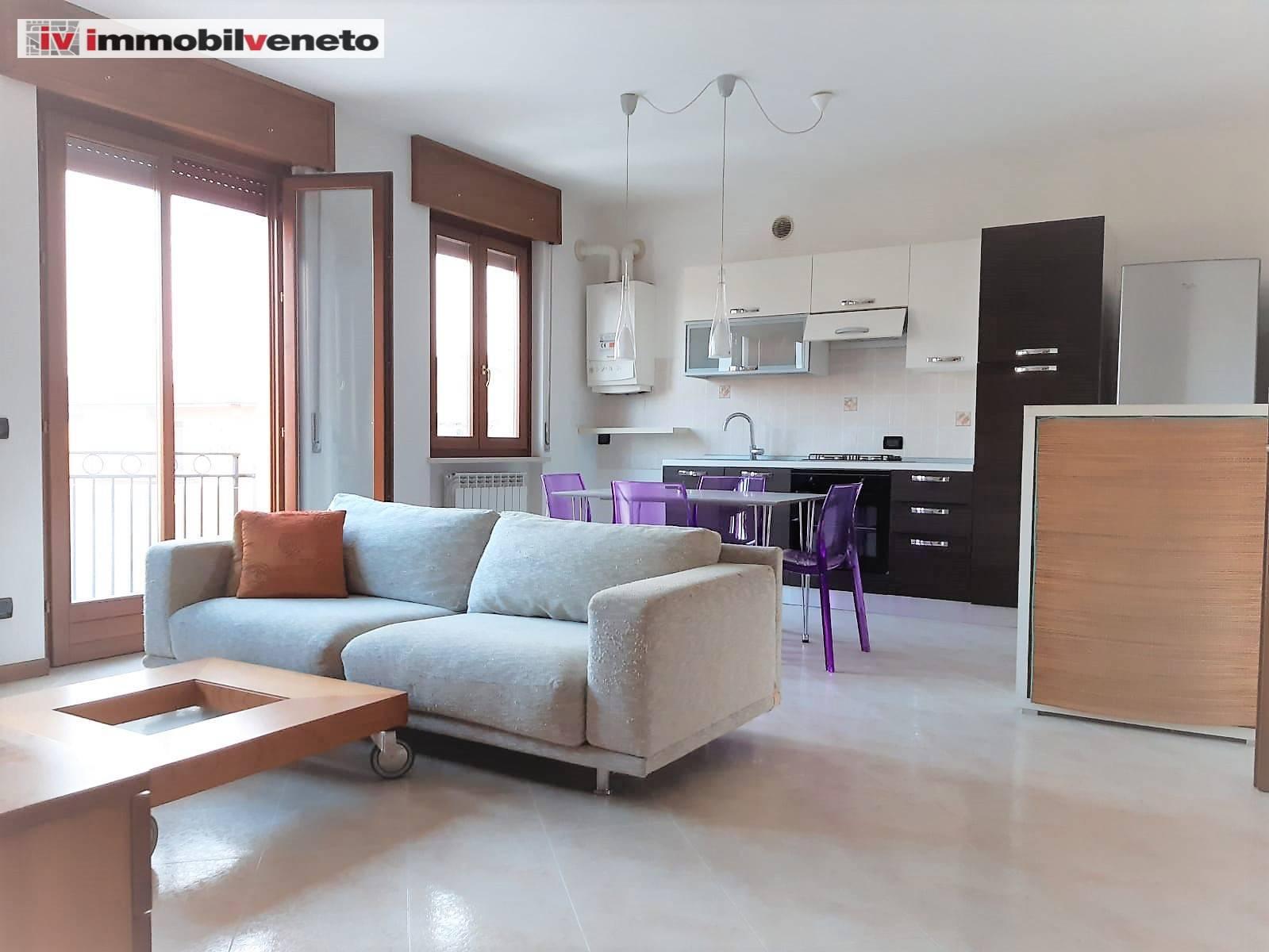 Appartamento in vendita a Lonigo, 5 locali, zona nna, prezzo € 133.000 | PortaleAgenzieImmobiliari.it