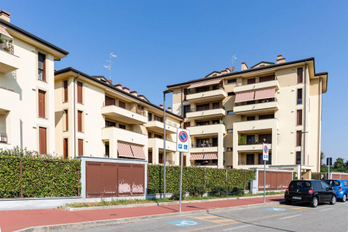 Appartamento in Vendita a Monza