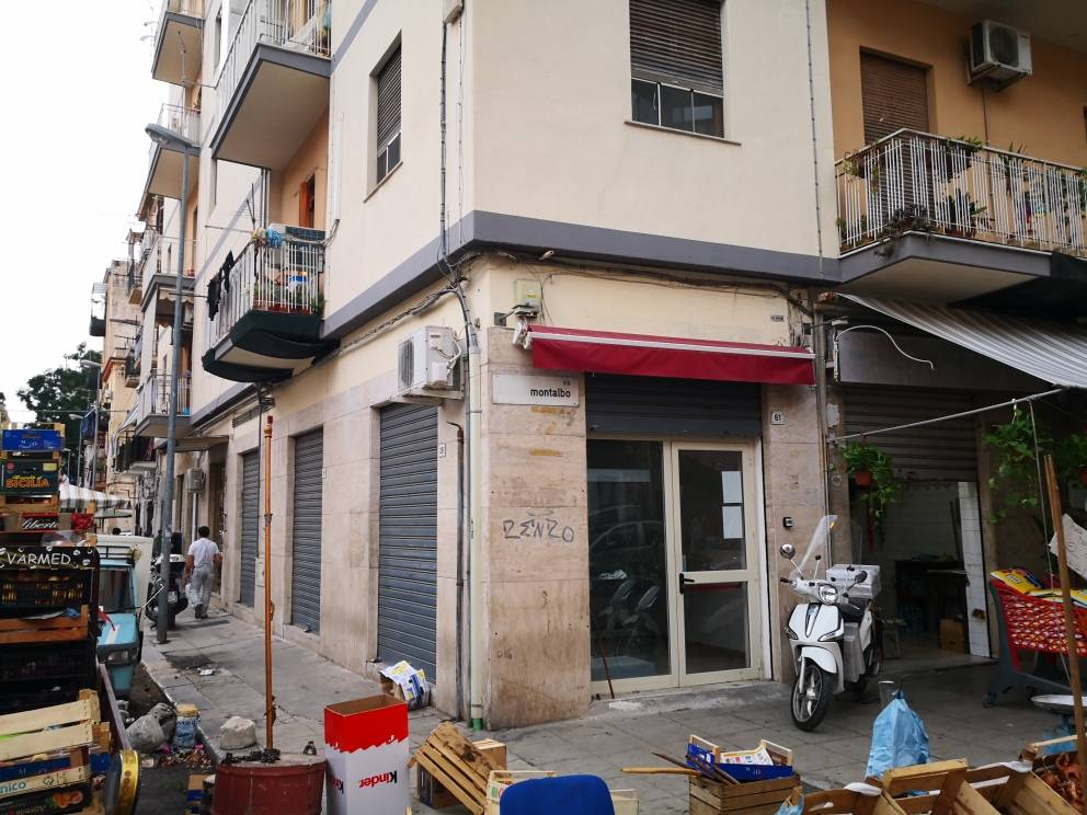 Negozio / Locale in affitto a Palermo, 9999 locali, prezzo € 550 | CambioCasa.it
