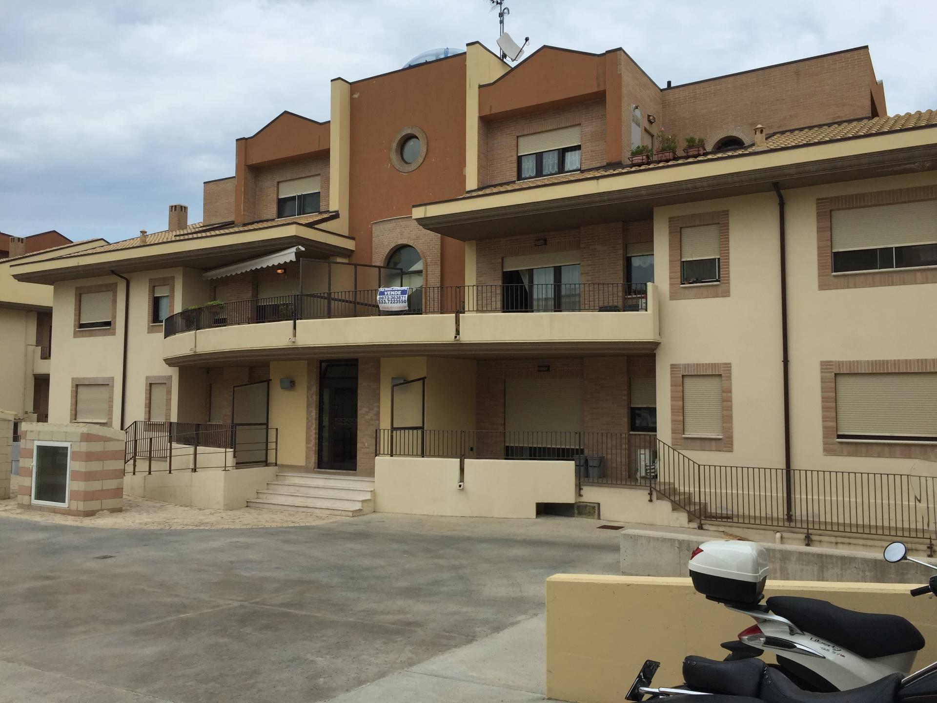 Appartamento in vendita a Vasto, 3 locali, zona Località: ZONAPERIFERICA, prezzo € 145.000 | PortaleAgenzieImmobiliari.it
