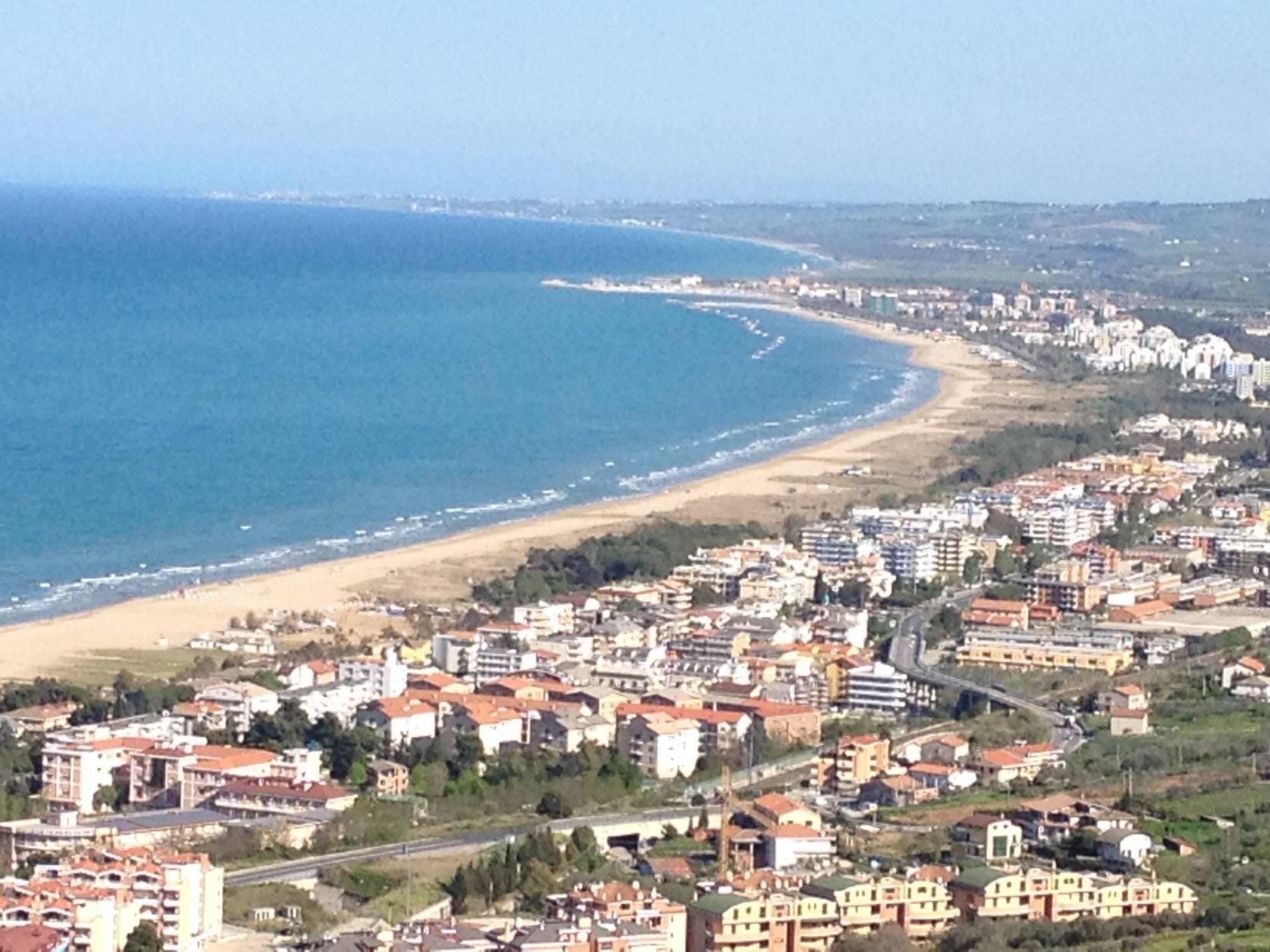 vendita appartamento vasto zona centrale  350000 euro  5 locali  150 mq