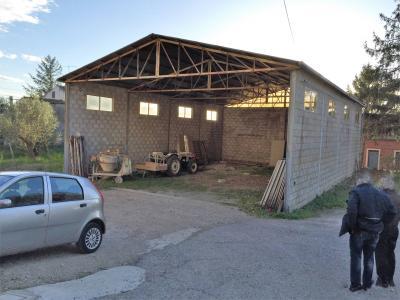 LOCALE ARTIGIANALE in Vendita a Vasto